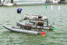 Autonomous waterborne vehicle