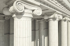 Courthouse columns in the Ionic style