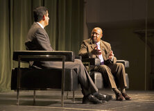 Mayor Michael Nutter speaks with Salesforce's Vivek Kundra
