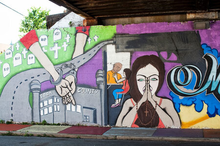 A mural in Chicago is titled A Mother's Greatest Fear, referencing the city's gang-related violent crime