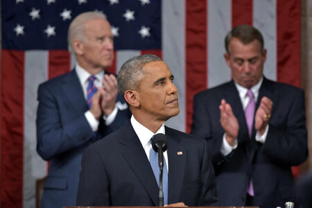Obama Squeezes a (Very) Little Tech into State of the Union