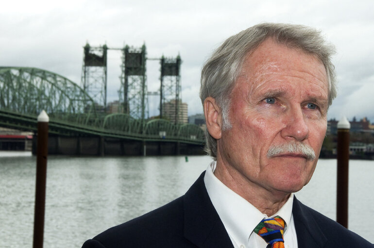 Oregon Gov. John Kitzhaber