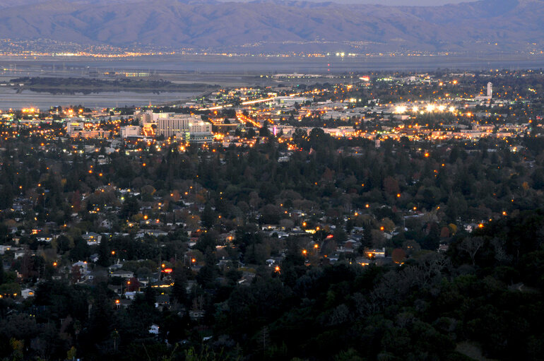 San Carlos, Calif., and neighboring Redwood City at dusk