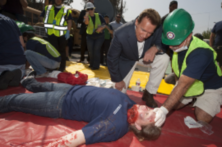 California Gov. Arnold Schwarzenegger toured volunteer field demonstrations at the launch of the Disaster Corps program/Courtesy of Peter Grigsby/Office of the Governor