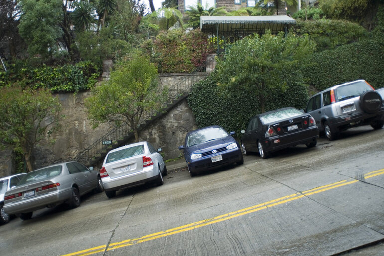 slope, steep, gradient, hill, san francisco, angle, cars, parked, leaning, parking, angled, hilly