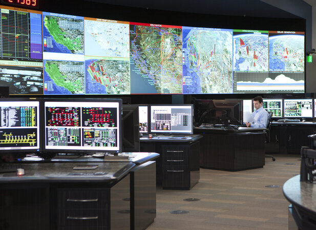 California ISO command center