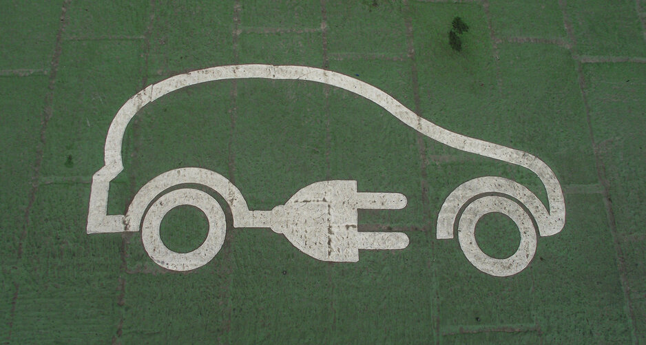 Maine Quebec Announce Deal For Electric Vehicle Charging Network