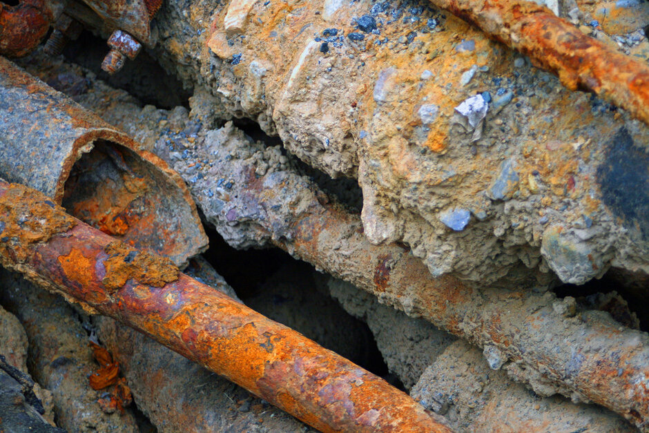 Rusty Water Pipes & Rusty Water Pipe After Thirty Years Of