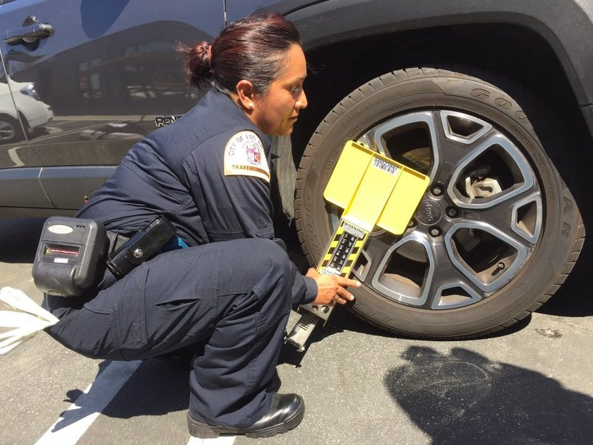 Parking Enforcement Number Los Angeles >> Los Angeles Pilots 'Smart Boot' Technology to Enhance ...