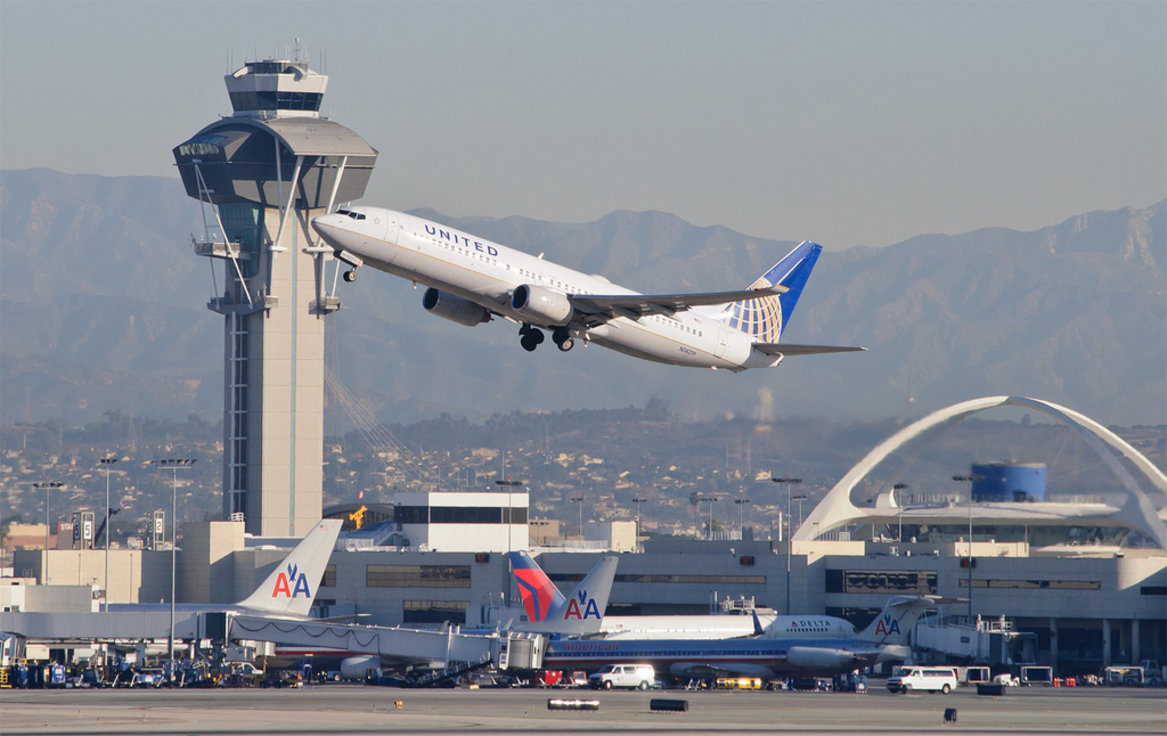 Should Air Traffic Control be Privatized?