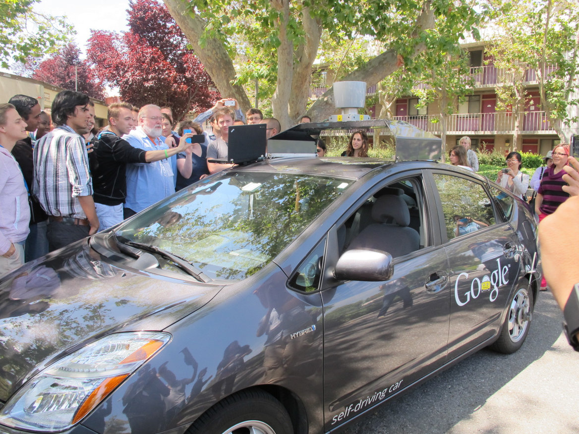 google driverless car project Google's driverless car in action chris urmson, director of google's self-driving car project, said the aim was to run extended tests in california where google is.