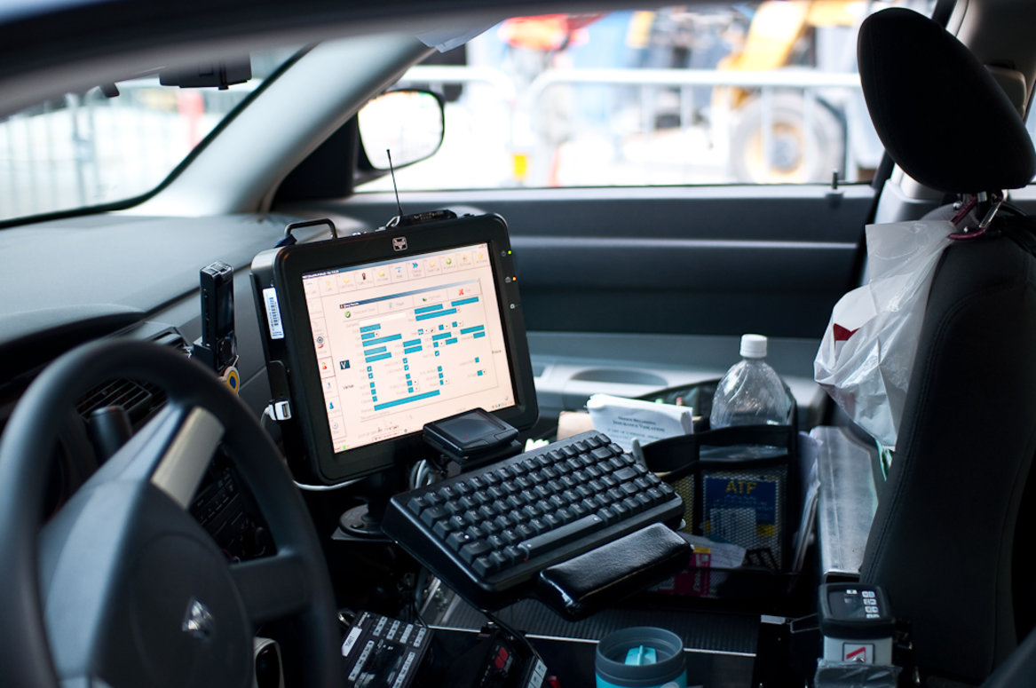 Hand Controls For Cars >> Law Enforcement Agencies Turn to Technology to Ease Distractions